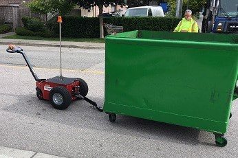 Verhagen V-Move XL being serviced by a waste service provider