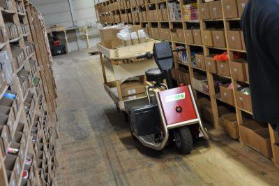 Xerowaste.ca | V-Move 650 order picker utility vehicle | Stock chaser | Vehicle tug | tow tug