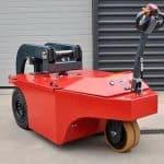 Xerowaste.ca | V-Move 4XL industrial electric tug | Heavy duty tugger