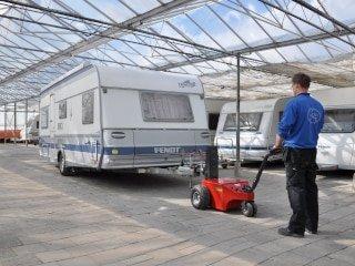 V-move XL moviendo una caravana | Xerowaste.ca